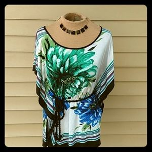 ‼️SALE‼️ 🌺GORGEOUS boho style flowing top